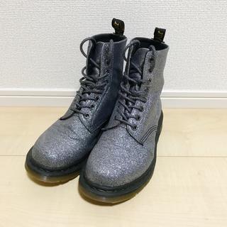 ドクターマーチン(Dr.Martens)のDr.martens 8ホール シルバー ブーツ glitter pewter (ブーツ)