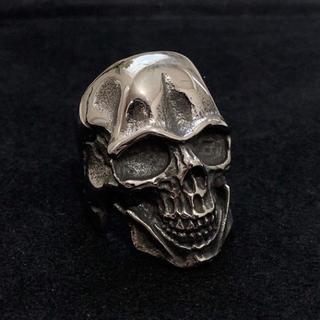 インパクト抜群  STAINLESS STEEL ドクロリング 骸骨 シルバー(リング(指輪))