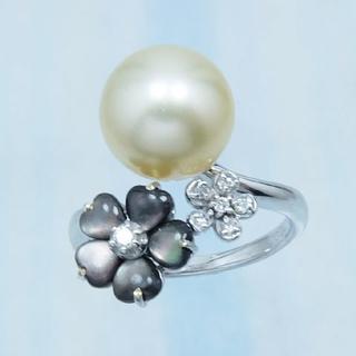 K18WG★南洋ゴールド真珠・ダイヤ・黒蝶貝リング(新品)(リング(指輪))