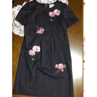 Rose Tiara - ローズティアラの刺繍が素敵なワンピース♡サイズ42♡ルネがお好きな方にも