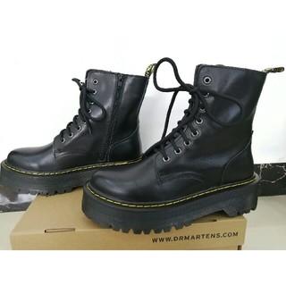 Dr.Martens - Dr. Martensドクターマーチン 大人気 厚底ブーツ 8ホール 黒 UK6
