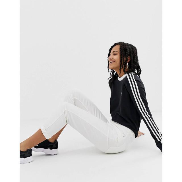 adidas(アディダス)のadidas originals adicolor ストライプ ロングTシャツ レディースのトップス(Tシャツ(長袖/七分))の商品写真