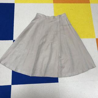 ケービーエフ(KBF)のKBF ベージュスエードフレアスカート(ひざ丈スカート)