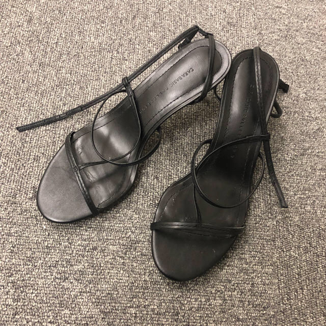 ZARA(ザラ)のZara 華奢ストラップサンダル 37 レザー レディースの靴/シューズ(サンダル)の商品写真