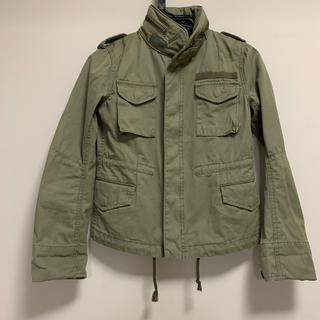 ドゥーズィエムクラス(DEUXIEME CLASSE)のカーキ ジャケット(ミリタリージャケット)