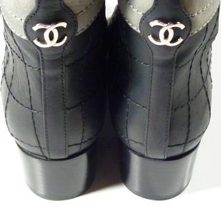シャネル(CHANEL)の美品CHANELロングブーツバイカラーブーツレザーマトラッセシャネル(ブーツ)