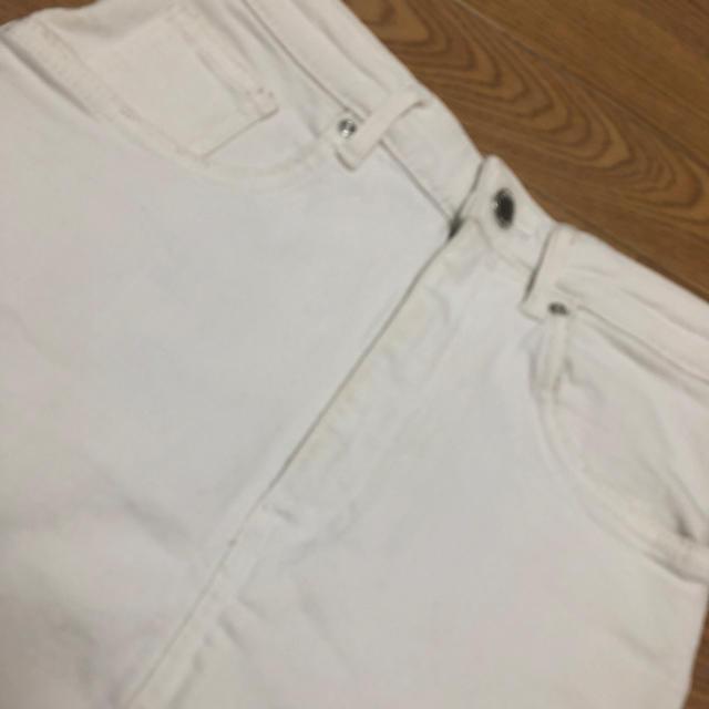 ZARA(ザラ)のZARA 白スカート レディースのスカート(ひざ丈スカート)の商品写真