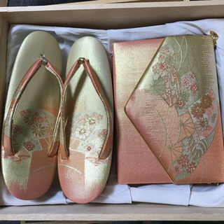 美品 和装 草履 バッグセット ゴールドサーモンピンク系 草履約22cm(下駄/草履)