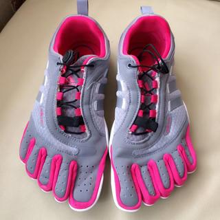 アディダス(adidas)のadipure 5本指シューズ(その他)