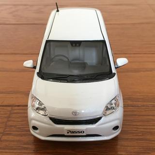 トヨタ - トヨタパッソ カラーサンプルカー(プルバックカー付き)