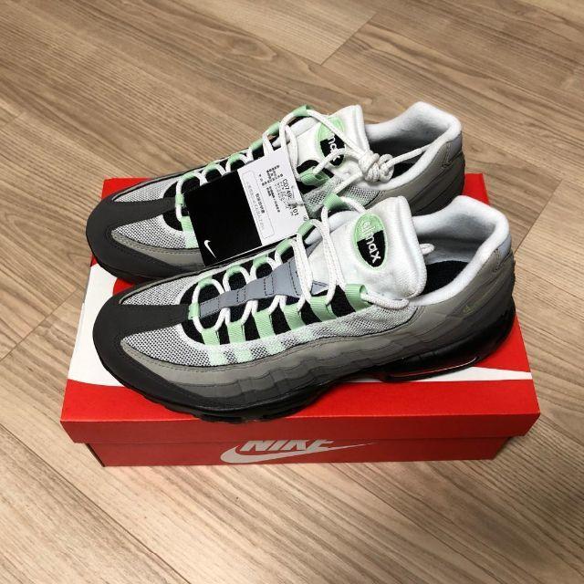 NIKE(ナイキ)の28 新品 NIKE AIR MAX 95 メンズの靴/シューズ(スニーカー)の商品写真