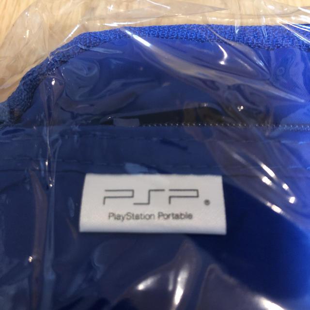 PlayStation Portable(プレイステーションポータブル)のSONY  PSP用  純正ポーチ  クリアスタンド  ストラップ  清掃クロス エンタメ/ホビーのゲームソフト/ゲーム機本体(その他)の商品写真