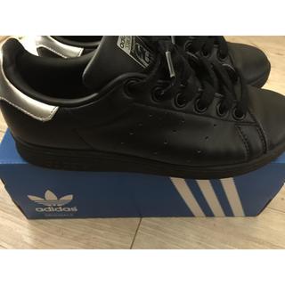 アディダス(adidas)のアディダス スタンスミス 黒スニーカー(スニーカー)
