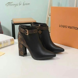 LOUIS VUITTON - LV ブーツ