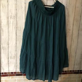 4Lサイズグリーン系ウエストゴムのティアードスカート(1回着用)(ロングスカート)