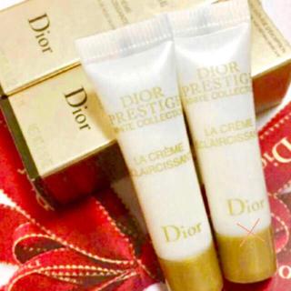 新品♡2500円相当!Diorプレミアムライン♡ホワイトコレクション高級クリーム
