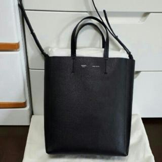 celine - セリーヌスモールサイズ黒カバ ハンドバッグ