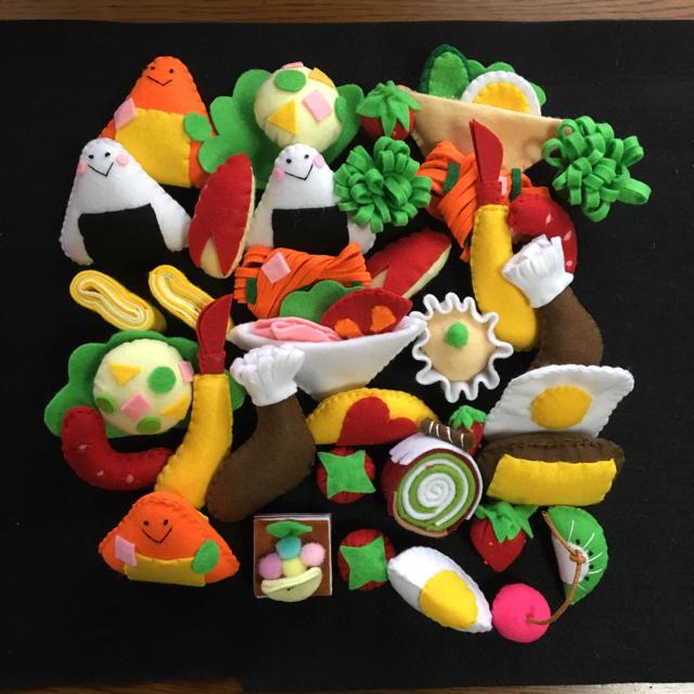 ハンドメイドおままごとセット キッズ/ベビー/マタニティのおもちゃ(知育玩具)の商品写真