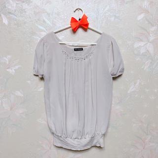 シマムラ(しまむら)の*胸元ビジュー通勤トップス*(カットソー(半袖/袖なし))