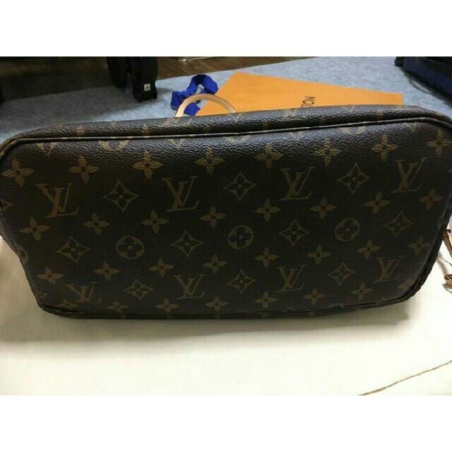 LOUIS VUITTON(ルイヴィトン)のルイ ヴィトン モノグラム ネヴァーフル MM レディースのバッグ(トートバッグ)の商品写真