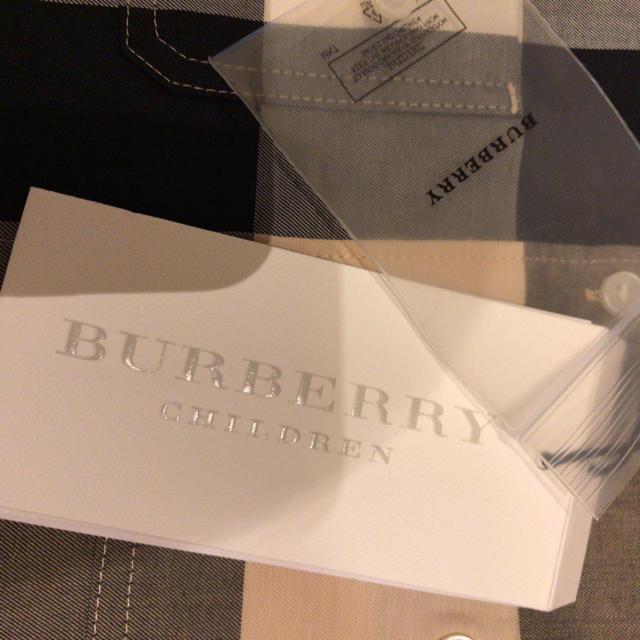 BURBERRY(バーバリー)の新品未使用タグ付き☆バーバリー チェックシャツ キッズ/ベビー/マタニティのキッズ服 男の子用(90cm~)(ドレス/フォーマル)の商品写真