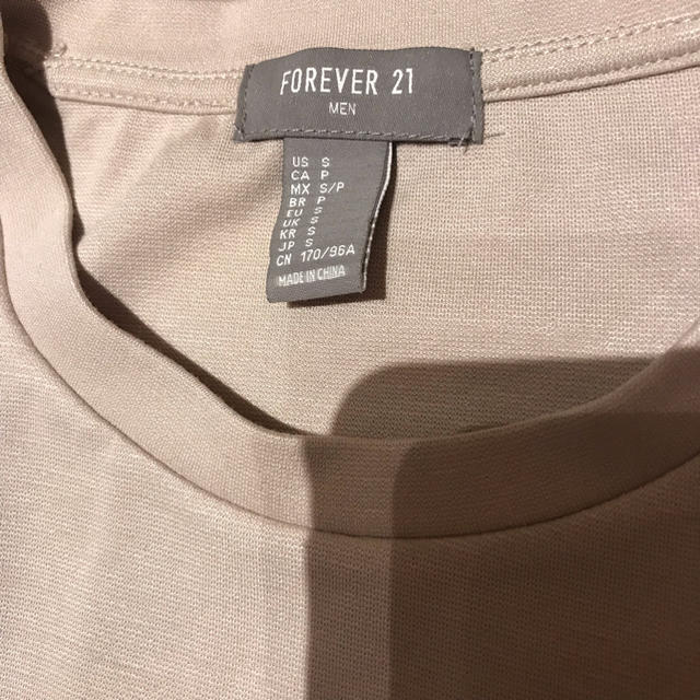 FOREVER 21(フォーエバートゥエンティーワン)のFOREVER21 フォーエバー21 オーバーサイズTシャツ メンズ 【新品】 メンズのトップス(Tシャツ/カットソー(半袖/袖なし))の商品写真