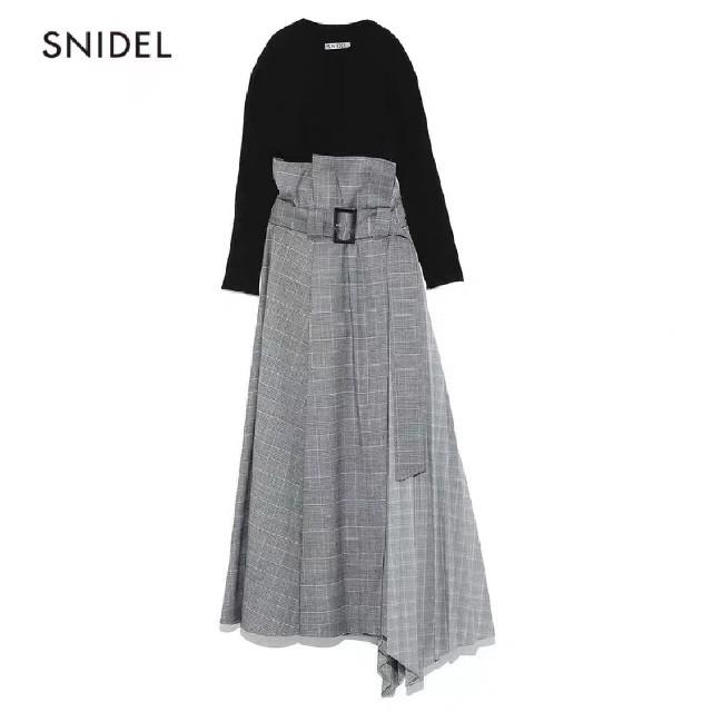 snidel(スナイデル)のsnidel プリーツコンビベアワンピース レディースのワンピース(ひざ丈ワンピース)の商品写真