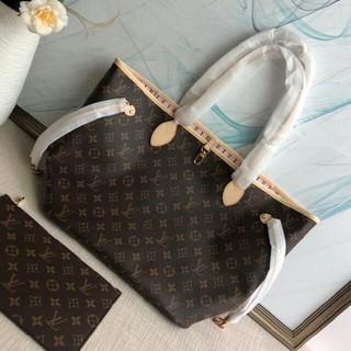 LOUIS VUITTON - LVクラシックなハンドバッグ
