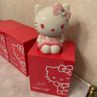 レディー(Rady)のrady キティ コラボ貯金箱ハートマーブルショッキングピンク   (キャラクターグッズ)