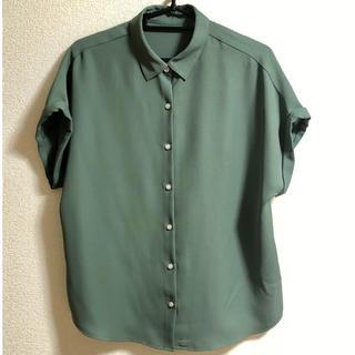 GU - エアリーシャツ カーキ色
