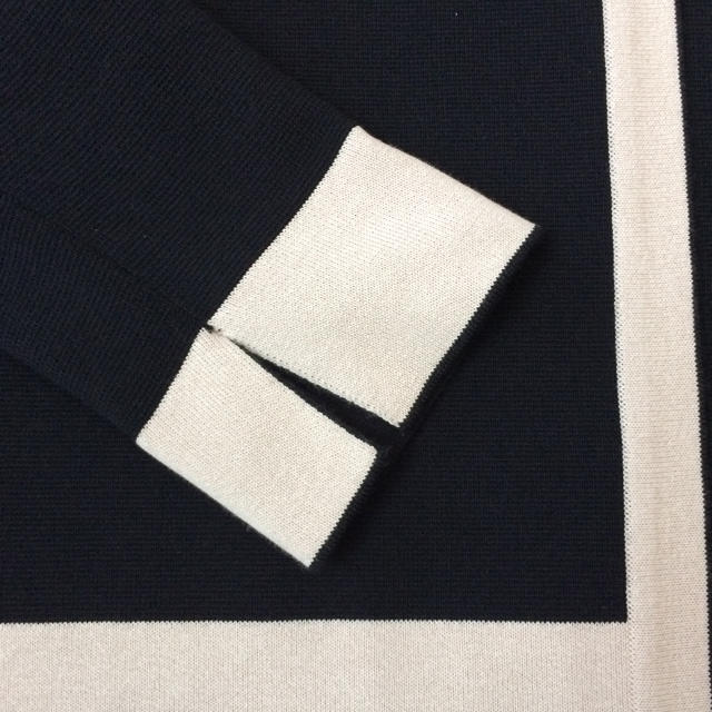 Demi-Luxe BEAMS(デミルクスビームス)のDemi-Luxeニットカーディガン  つーちゃん様専用 レディースのトップス(ニット/セーター)の商品写真