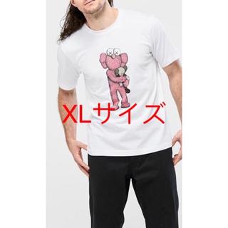 UNIQLO - 新品  UNIQLOとKAWSのコラボTシャツ