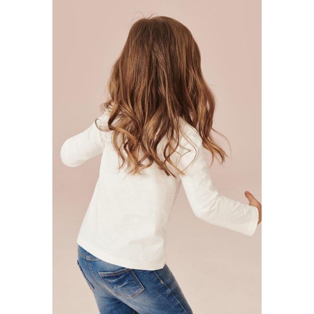 NEXT(ネクスト)の【新品】next ホワイト BirthdayGirl 長袖Tシャツ(ヤンガー) キッズ/ベビー/マタニティのベビー服(~85cm)(シャツ/カットソー)の商品写真