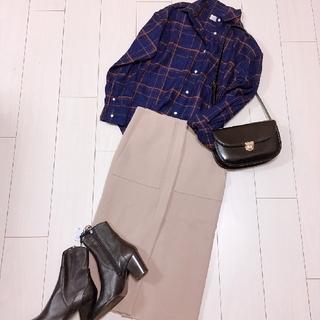 ドゥーズィエムクラス(DEUXIEME CLASSE)の大人チェックシャツコーデジャーナルスタンダードドゥーズィエムクラスタイトスカート(ロングスカート)