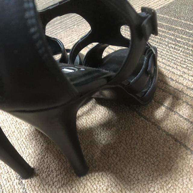 DIANA(ダイアナ)のダイアナ 23.5cm 美品 黒 ヒール サンダル レディースの靴/シューズ(ハイヒール/パンプス)の商品写真