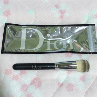 ディオール(Dior)の❤︎ ほぼ新品 ❤︎ Dior ❤︎ フルイドファンデーションブラシ ❤︎(その他)