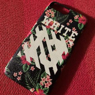 オフホワイト(OFF-WHITE)の☆off-white iPhone7.8Plus ハイビスカス柄☆(iPhoneケース)