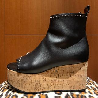 ドゥロワー(Drawer)の美品 drawer Givenchy  ジバンシイ ウェッジ ブーティー 36(ブーツ)