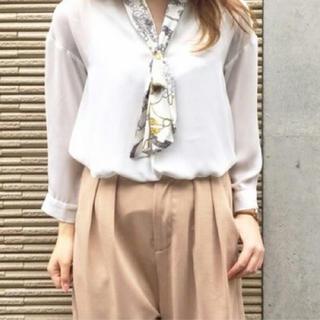 mysty woman♥スカーフ付きVネックブラウス