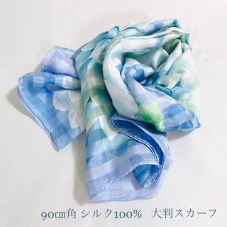 マルイ(マルイ)の【増税前連休値下げ】大判花柄スカーフ 90cm シルク100%(バンダナ/スカーフ)