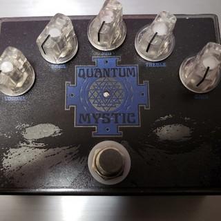 Black arts toneworks Quantum Mystic(エフェクター)