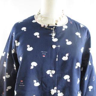 ナルエー(narue)の新品 ナルエー Wガーゼ 秋に薄手長袖  スワン柄 セットアップ (パジャマ)