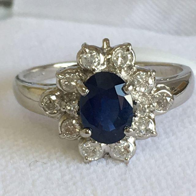 Pt900 サファイア 1.00ct ダイヤモンド 0.30ctデザインリング  レディースのアクセサリー(リング(指輪))の商品写真