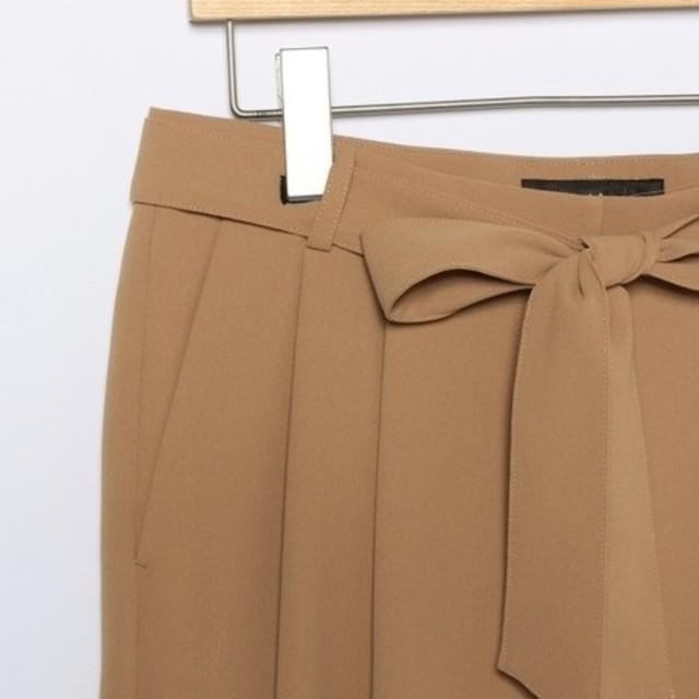 Demi-Luxe BEAMS(デミルクスビームス)の【新品タグ付き】デミルクスビームス リボンベルト付きパンツ レディースのパンツ(クロップドパンツ)の商品写真