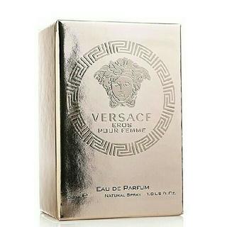 ヴェルサーチ(VERSACE)のヴェルサーチ エロス フェムオーデパルファム 30mI(香水(女性用))