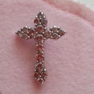 プラチナ ダイヤモンド クロス ペンダント(ネックレス)