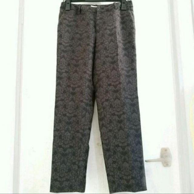 DRIES VAN NOTEN(ドリスヴァンノッテン)のゴブラン織り ズボン パンツ ブラウン ヴィンテージ 花柄 ドリス グッチ レディースのパンツ(カジュアルパンツ)の商品写真