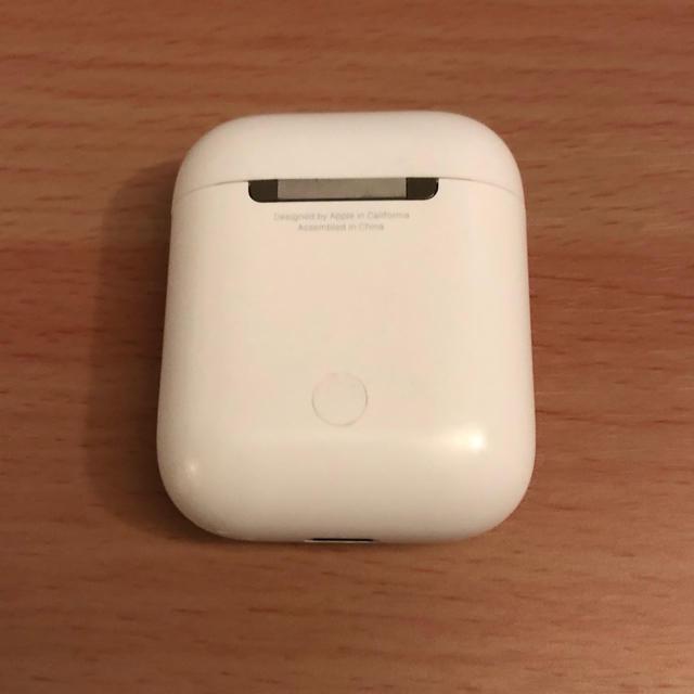 Apple(アップル)のエアーポッズ スマホ/家電/カメラのオーディオ機器(ヘッドフォン/イヤフォン)の商品写真