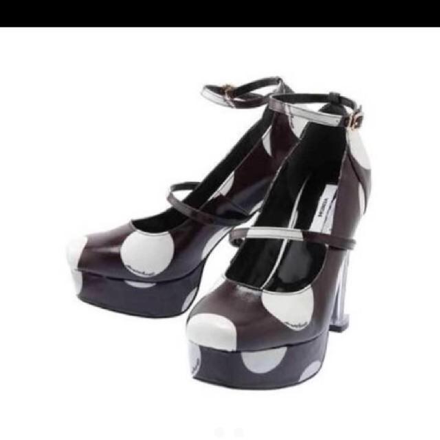 MURUA(ムルーア)のMURUA ドットパンプス ブラック ⦅送料込⦆ レディースの靴/シューズ(ハイヒール/パンプス)の商品写真
