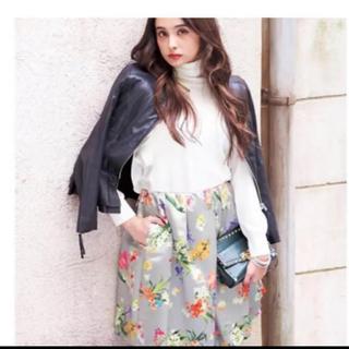 チェスティ(Chesty)の美品 サイズ1 S チューリップ 小鳥  スカート(ひざ丈スカート)